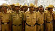 पुलिसकर्मियों के आंदोलन पर सख्त हुई कर्नाटक सरकार