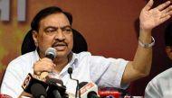 विवादों में घिरे महाराष्ट्र के राजस्व मंत्री एकनाथ खड़से का इस्तीफा