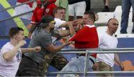 यूरो 2016: हिंसा के बाद इंग्लैंड-रूस को यूएफा की सख्त चेतावनी