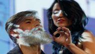 दाढ़ी उगाई तो 60 साल का बुड्ढा बन गया फैशन मॉडल
