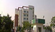 दिल्ली: फोर्टिस अस्पताल की बड़ी लापरवाही, दाहिने की जगह बाएं पैर का ऑपरेशन