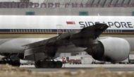 सिंगापुर: इमरजेंसी लैंडिंग के दौरान विमान में लगी आग