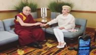 लेडी गागा और दलाई लामा की मुलाकात पर भड़का चीन, लगाया बैन