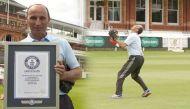इंग्लैंड के पूर्व कप्तान नासिर हुसैन ने बनाया सबसे ऊंचा कैच लेने का विश्व रिकॉर्ड
