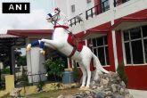 देहरादून पुलिस लाइन में  'शक्तिमान' की प्रतिमा का उद्घाटन