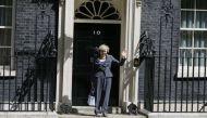 ब्रिटेन की दूसरी महिला पीएम टेरीजा मे ने संभाला पदभार
