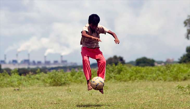 Vijay Barse: the man who used football to kick poverty in the gut