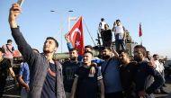 तुर्की में तख्तापलट की कोशिश नाकाम, संघर्ष में अब तक 161 की मौत