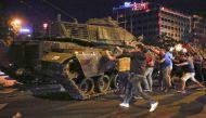 जानिए क्या है तुर्की में कुछ सैनिकों की असफल बगावत की कहानी