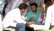 ऊना पिटाई मामला: पीड़ित दलितों से राहुल गांधी ने की मुलाकात