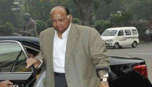 महाराष्ट्र: सोनिया गांधी ने अहमद पटेल और खड़गे को शरद पवार से मिलने मुंबई भेजा