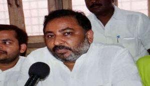 Expelled BJP leader Dayashankar attacks Mayawati again, says rickshaw puller better than her