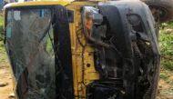 यूपी: भदोही में स्कूल वैन की ट्रेन से टक्कर, सात बच्चों की मौत