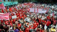 निजीकरण और विलय के विरोध में 8 लाख बैंककर्मियों की हड़ताल से समस्या
