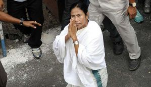 Bengal: CM Mamta Banerjee leaves for Rome to attend Mother Teresa's Canonisation ceremony