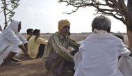 44 साल पहले सूखा राहत के लिए दी जमीन, अब एड़ी घिस रहे हैं