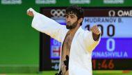 रियो ओलंपिक: डोपिंग विवादों में फंसी रूसी टीम को मिला पहला स्वर्ण