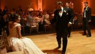 11/10 to this groom for dancing to Beyonce for his bride. Best wedding dance ever?