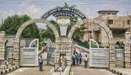 जम्मू कश्मीर: आखिर कैसे एक डीएसपी कानून और कोर्ट से ऊपर उठ गया?