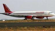 एयर इंडिया के विमान के टॉयलेट में मिला 2.5 किलो सोना, जानिए किस पर शक