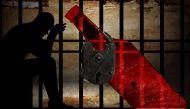 बिहार: शराबबंदी पर दोतरफा घिरे नीतीश कुमार