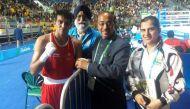 रियो ओलंपिक में खेल मंत्री विजय गोयल का मान्यता कार्ड रद्द करने की चेतावनी