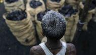 काले सोने का सफेद सच: आदिवासियों के जीवन में अंधेरा कर देश को कर रहा रोशन