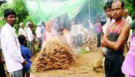 वीडियो:  दलित महिला के अंतिम संस्कार के लिए नहीं मिली जमीन