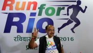 Unable to spell Karmakar, Vijay Goel can't identify Dutee Chand either