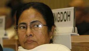'वोट बैंक बचाने के लिए अवैध शिकार करवा रही हैं ममता बनर्जी'