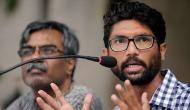 जिग्नेश मेवाणी को WhatsApp चैट वायरल होने के बाद एनकाउंटर का खौफ़