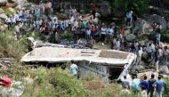 नेपाल: सड़क से नदी में गिरी बस, 21 लोगों की मौत