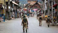 51 दिन बाद कश्मीर घाटी से हटा कर्फ्यू, श्रीनगर के कुछ हिस्सों में पाबंदी जारी
