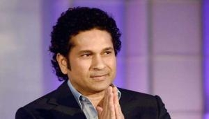 Sachin Tendulkar chases biker and this is what he advices in his own way, video goes viral