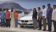 सचिन ने रियो के हीरो साक्षी, सिंधू, गोपीचंद और दीपा को सौंपी बीएमडब्लू कारें