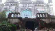 आलमगीर मस्जिद की दीवार निर्माण पर मुसलमानों को एतराज