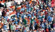 टीम इंडिया के इस बल्लेबाज़ के छक्के ने दर्शक को पहुंचाया अस्पताल