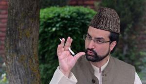 Hurriyat Conference Chairman Mirwaiz Umar Farooq detained