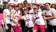 वीडियो: स्तन कैंसर के प्रति जागरूकता मुहिम, दिल्ली पिंकाथन में दौड़ी 9 हजार महिलाएं