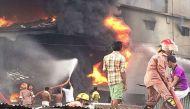 बांग्लादेश: ढाका की पैकेजिंग फैक्ट्री में आग लगने से 15 की मौत