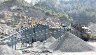 गायत्री प्रजापति बर्खास्त: 2जी घोटाले से भी गहरी है उत्तर प्रदेश का खनन घोटाले की जड़