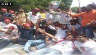 खानदान का घमासान: पहली बार अखिलेश समर्थकों ने मुलायम मुर्दाबाद के लगाए नारे