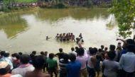 बिहार: मधुबनी में तालाब में गिरी बस, 50 लोगों की मौत की आशंका
