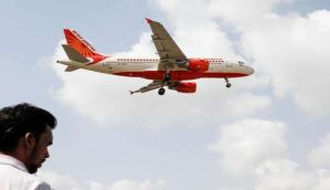 एयर इंडिया के विमान में बम की सूचना, एयरपोर्ट पर रोका गया
