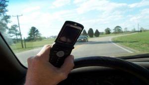सड़क दुर्घटनाओं में कमी लाने के लिए इस स्मार्टफोन कंपनी ने उठाया अनोखा कदम