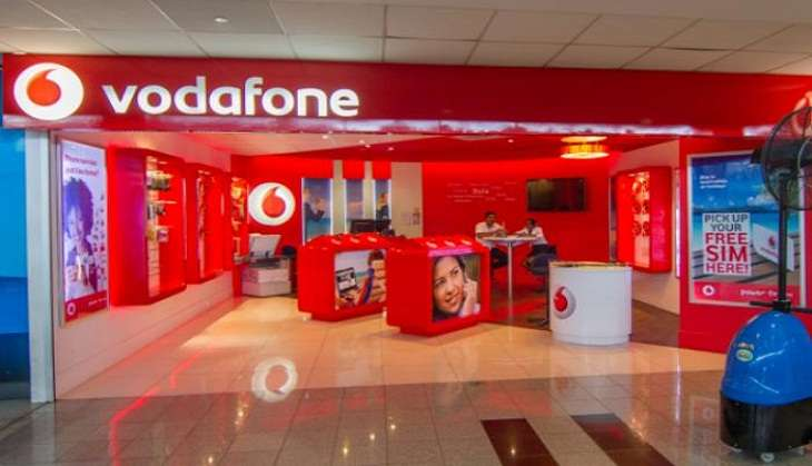 रिलायंस की जियो से निपटने के लिए आगे आई वोडाफोन की प्रोमोटर कंपनी वोडाफोन पीएलसी