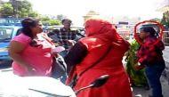 रोड रोमियो पर राजस्थान की 'मर्दानी' ने बरसाए थप्पड़, वायरल हुआ वीडियो