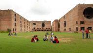 आईआईएम अहमदाबाद में शिक्षकों के पद के लिए आरक्षण