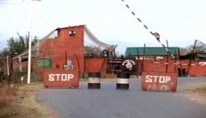 Srinagar-Jammu National Highway closed for third consecutive day