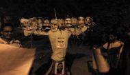 जेएनयू में छात्रों ने फूंका रावण की जगह प्रधानमंत्री मोदी का पुतला !